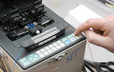 splicing fiber optics