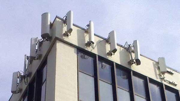 The FOA Reference For Fiber Optics - Fiber To The Antenna