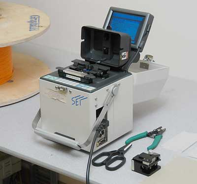 fusion splicing machine